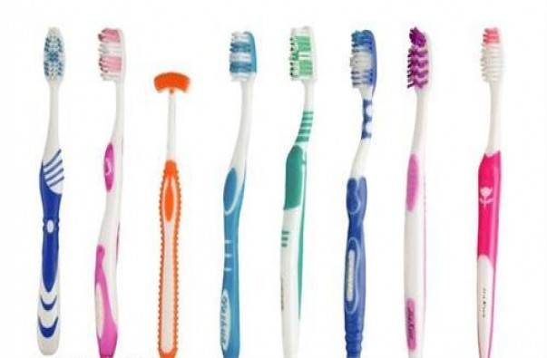Toothbrush making machine/production line